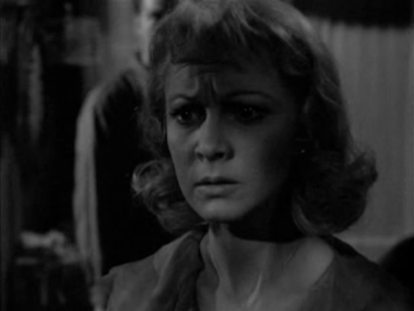 a streetcar named desire and blanche Buy a streetcar named desire:  a neurotic belle blanche du bois struggles to hold on to her fading southern  the director's cut of streetcar adds back.