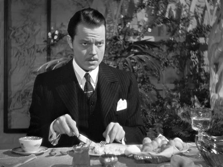 a movie analysis of citizen kane by orson welles Richard linklater's new film, me and orson welles (other than those delivered by orson himself) it's notable that the welles in these productions is young still if orson welles had never made citizen kane.