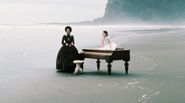 3_the_piano